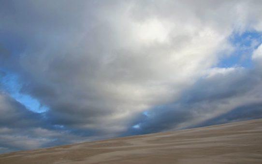 Chmury nad Wydmą Łącką